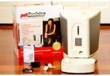 Pet Feedster and its box