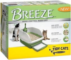 TIdy Cats Breeze in its box