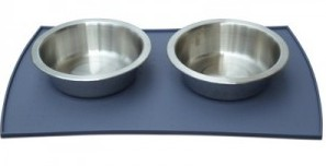 Petfusion Food Mat with 2 bowls