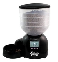 Qpets AF 200 programmable pet feeder