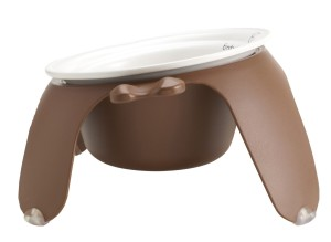 Petego Pet Bowl's tilted design